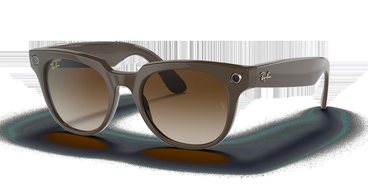 Ray-Ban Stories Meteor Brown Sunglasses quarter