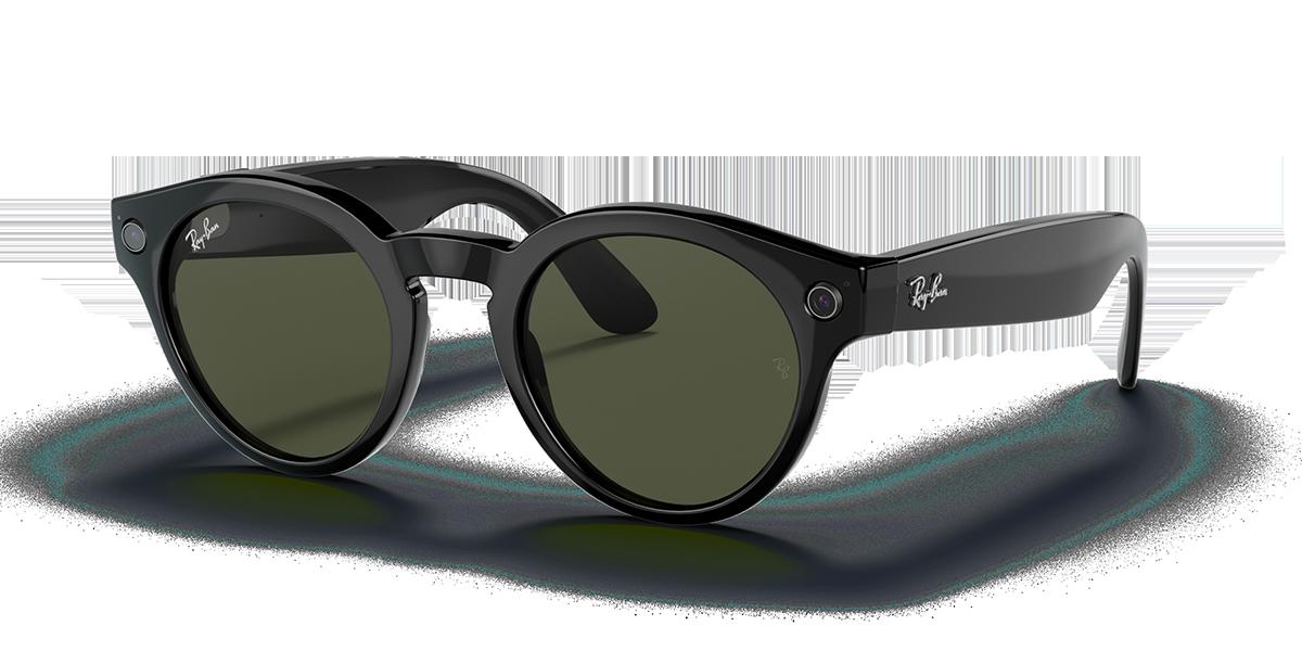 Ray-Ban Stories Round Black Sunglasses quarter