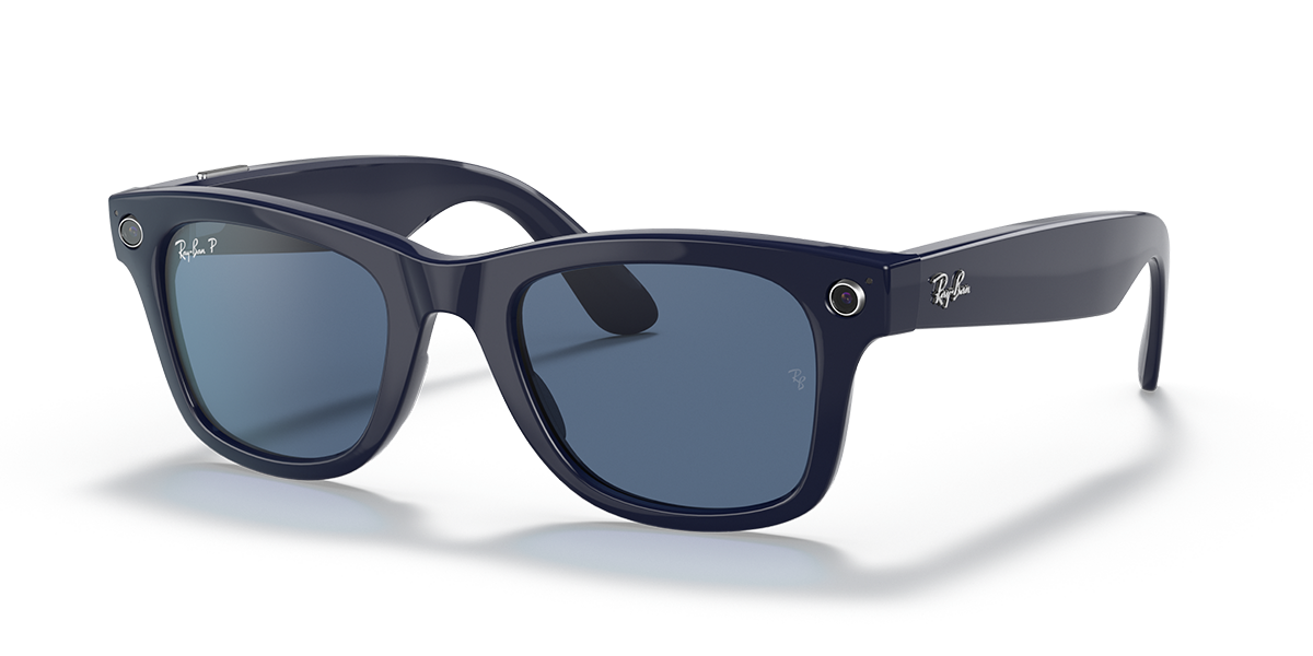 Ray-Ban Stories Wayfarer Blue Sunglasses quarter